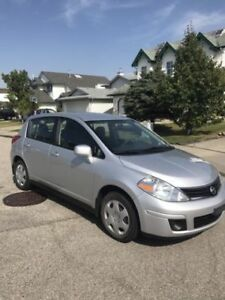 2012 Nissan Versa SL Hatchback REDUCED PRICE