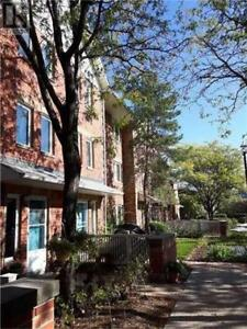 Open Concept Townhouse,3+1Br,3Wr,900 STEELES AVE W, Vaughan