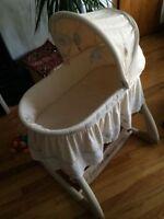 Moïse / newborn crib