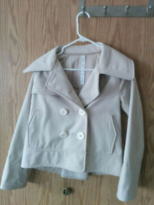Lululemon Coco Softshell jacket like new condition! Size 4