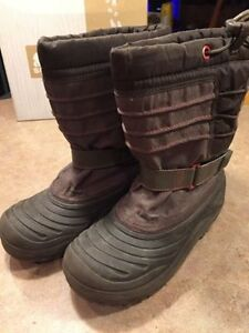 Sorel Size 2 Winter Boots