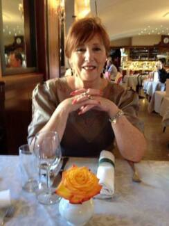 CAROLE - Psychic Tarot Reader, Clairvoyant, PARTY GROUPS
