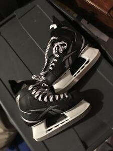 Reebok Pump Hockey skates sz 4