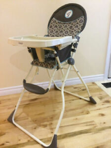 Light Highchair
