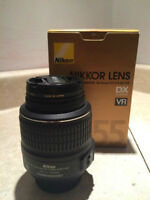 Like New In Box! Great condition Nikkor 18-55mm Lens