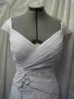 20/20 WEDDING DRESS  ALTERATIONS By KIM, 46 STREET SE  (403) 969