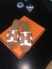 Hermes oran sandals beige 38