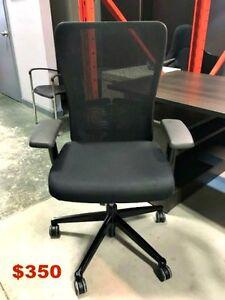 Ergonomic Office Chair - Haworth Zody - Open Saturday 9 -12