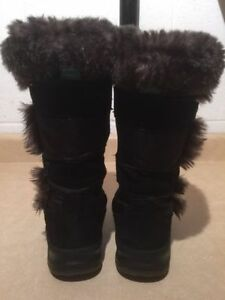 Women's Cougar Insulated Winter Boots Size 4 London Ontario image 4
