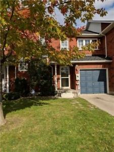 Well Maintained 3BR Freehold Townhome In Desirable Area Milton