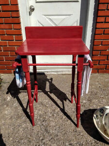 Table Lave Main Antique en PIN  / Lovely Pine Washstand West Island Greater Montréal image 6