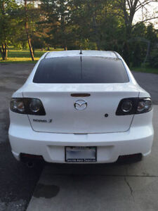 2007 Mazda3S GT 2.3L - FULLY LOADED - LEATHER- HIDs