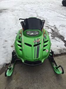 Arctic Cat Green Snowmobile/Sled Plastic Skies