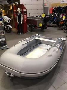 2017 MARLON INFLATABLE BOAT. 10'6""
