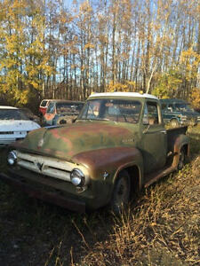 1953 F100 Truck and Project cars
