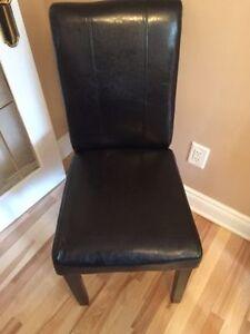 Chaise noir pour table dinner en cuir NEUF taxes incluses