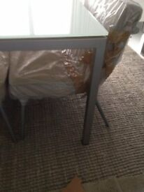 DESIGNER CALLIGARIS DINING TABLE - QUALITY COST £800