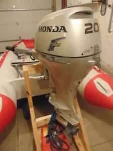 2013 Honda 20 hp outboard LOW HOURS