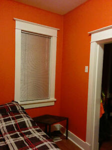 Room for rent - 1900 block Wallace Street Regina Regina Area image 2