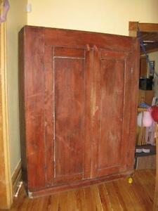 Antique red armoire rouge antiquité