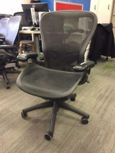 "Herman Miller Aeron chair Size ""C"" in Excellent condition"