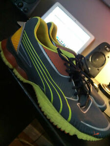 PUMA SHOES - SIZE 13 - GREAT CONDITION