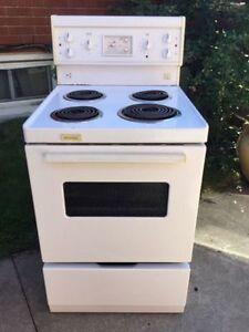 "24"" apt size stove selector white color"
