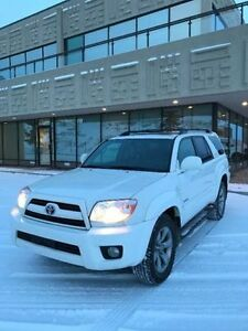 2008 Toyota 4Runner Limited - Fully Loaded - WONT LAST!