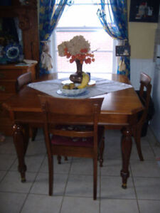 Antique 1927 Gibbard Walnut Dining Table With Chairs
