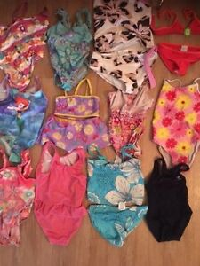 Girl's swiming suits 2 y to 6y. AVAILABLE Gatineau Ottawa / Gatineau Area image 1