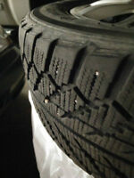 Toyo 225/55R16 95H Winter Tires on Rims