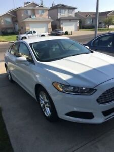 2013 Ford Fusion Sedan **Great Condiotion**