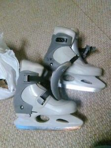 adjustable skates size 2-4