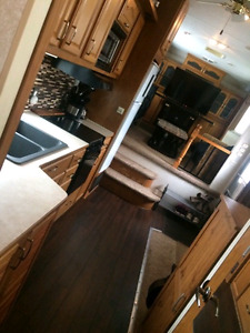 PRICE REDUCED!! AMAZING! 37 Ft 4 Slides Fifth Wheel