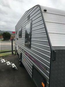 2015 Elite LUXURY 18FT Caravan Unanderra Wollongong Area Preview