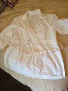 Motherhood Maternity White Blouse XL London Ontario image 1
