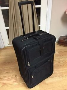Like New Luggage Set, Four Pieces, Great Deal