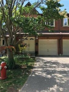 Fantastic 3 Bed/3 Bath Townhome For Sale In Mississauga!