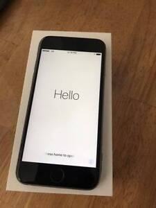 **Iphone 6 16gb Locked to Rogers Perfect condition