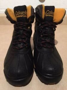 Kids Columbia Winter Boots Size 4 London Ontario image 3