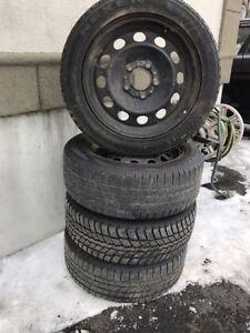 4 roues 2007 BMW serie 328+4 pneus hiver 205/55/16