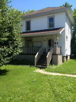Detached 3-Bdr 2-Bath Home in East End Available Sep 1