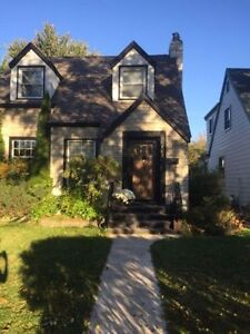 Cozy Vickers Park Home for Rent