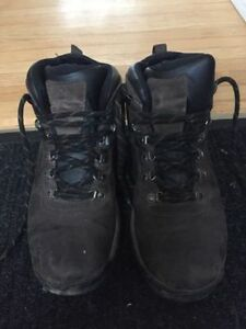 Timberland Mid-Cut Hiking Boot - Size 10
