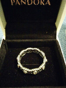 """Authentic Pandora """" Her Majesty"""" Sterling Silver Ring Windsor Region Ontario image 2"""
