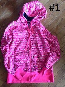 Women's Tops Sweaters & Hoodies