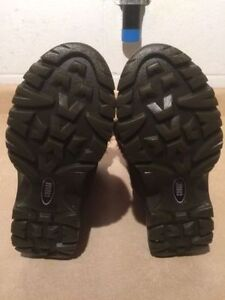 Women's Cougar Insulated Winter Boots Size 8 London Ontario image 5