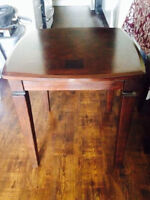 """End Table 24"""" x 24"""" x 24"""" solid wood"""