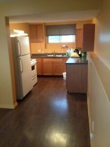 9930-83 Ave GP!  Bright and clean 2 bedroom
