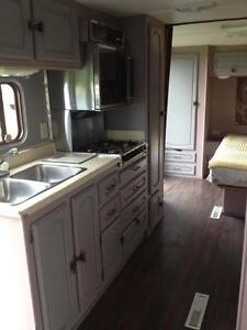 2000 Kustom couch trailer for $3500 Strathcona County Edmonton Area image 8